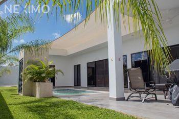 NEX-23957 - Casa en Venta, con 2 recamaras, con 2 baños, con 215 m2 de construcción en Dzityá, CP 97302, Yucatán.
