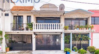 NEX-20584 - Casa en Renta en Real del Moral, CP 09010, Ciudad de México, con 2 recamaras, con 1 baño, con 160 m2 de construcción.