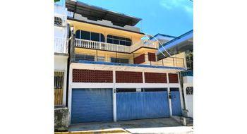 NEX-14943 - Casa en Venta en Cumbres de Figueroa, CP 39689, Guerrero, con 3 recamaras, con 1 baño, con 1 medio baño, con 244 m2 de construcción.