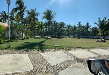NEX-15835 - Terreno en Venta en Playa Diamante, CP 39897, Guerrero.