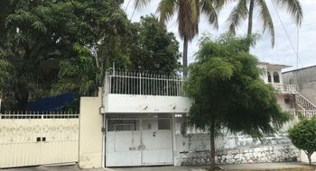 NEX-15999 - Casa en Renta en Santa Cruz, CP 39530, Guerrero, con 3 recamaras, con 2 baños, con 120 m2 de construcción.