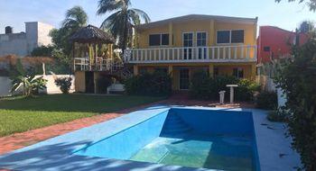 NEX-16340 - Casa en Venta en Barra de Coyuca, CP 40989, Guerrero, con 5 recamaras, con 5 baños, con 219 m2 de construcción.
