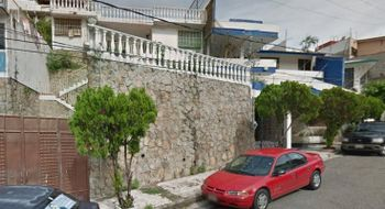 NEX-16375 - Casa en Venta en Costa Azul, CP 39850, Guerrero, con 3 recamaras, con 3 baños, con 210 m2 de construcción.