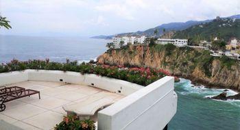 NEX-16464 - Casa en Venta en Las Playas, CP 39390, Guerrero, con 4 recamaras, con 6 baños, con 4 medio baños, con 495 m2 de construcción.