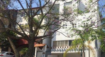 NEX-18802 - Casa en Venta en Ciudad Bugambilia, CP 45237, Jalisco, con 4 recamaras, con 4 baños, con 300 m2 de construcción.