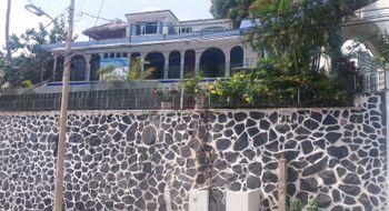 NEX-24159 - Casa en Venta en Centro de Convenciones, CP 39859, Guerrero, con 6 recamaras, con 6 baños, con 510 m2 de construcción.