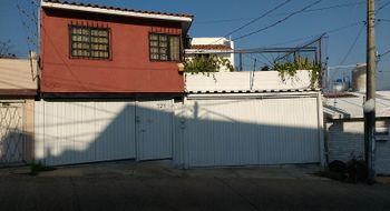 NEX-24280 - Casa en Venta en Hornos Insurgentes, CP 39573, Guerrero, con 5 recamaras, con 5 baños, con 1 medio baño, con 400 m2 de construcción.