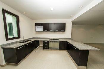 NEX-37077 - Departamento en Venta en Playa Diamante, CP 39897, Guerrero, con 4 recamaras, con 3 baños, con 201 m2 de construcción.