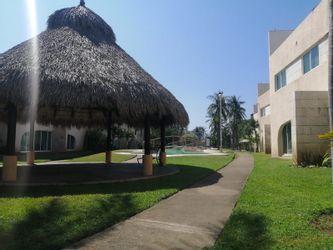 NEX-38267 - Casa en Venta en Playa Diamante, CP 39897, Guerrero, con 3 recamaras, con 4 baños, con 1 medio baño, con 267 m2 de construcción.