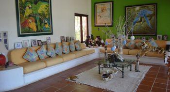 NEX-17194 - Casa en Venta en Luces en el Mar, CP 40989, Guerrero, con 3 recamaras, con 4 baños, con 4000 m2 de construcción.