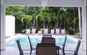NEX-40689 - Casa en Renta en Puerto Morelos, CP 77580, Quintana Roo, con 4 recamaras, con 4 baños, con 1 m2 de construcción.