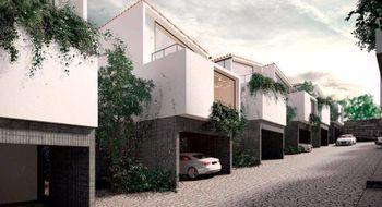 NEX-15379 - Casa en Venta en Lomas Verdes 6a Sección, CP 53126, México, con 3 recamaras, con 4 baños, con 1 medio baño, con 369 m2 de construcción.