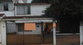NEX-19454 - Casa en Venta en Ciudad Satélite, CP 53100, México, con 3 recamaras, con 2 baños, con 158 m2 de construcción.