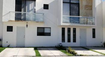NEX-21211 - Casa en Venta en El Mirador, CP 76246, Querétaro, con 2 recamaras, con 2 baños, con 1 medio baño, con 108 m2 de construcción.