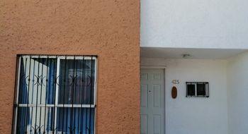 NEX-28448 - Casa en Venta en Villas de Santiago, CP 76148, Querétaro, con 3 recamaras, con 1 baño, con 1 medio baño, con 70 m2 de construcción.