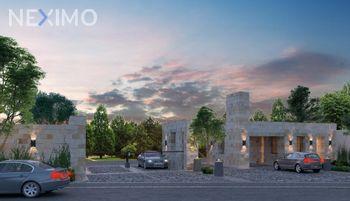 NEX-29331 - Casa en Venta, con 3 recamaras, con 2 baños, con 1 medio baño, con 151 m2 de construcción en Residencial el Refugio, CP 76146, Querétaro.