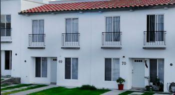 NEX-29334 - Casa en Venta en Ciudad del Sol, CP 76116, Querétaro, con 3 recamaras, con 2 baños, con 1 medio baño, con 95 m2 de construcción.