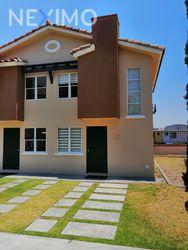 NEX-39051 - Casa en Venta, con 2 recamaras, con 1 baño, con 1 medio baño, con 62 m2 de construcción en Real Solare, CP 76246, Querétaro.
