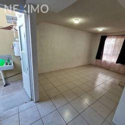 NEX-43353 - Casa en Venta, con 2 recamaras, con 1 baño, con 53 m2 de construcción en Paseos del Marques, CP 76245, Querétaro.
