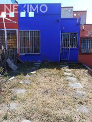 NEX-45772 - Casa en Venta, con 1 recamara, con 1 baño, con 72 m2 de construcción en Fuentes de Balvanera, CP 38186, Guanajuato.