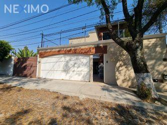 NEX-46629 - Casa en Venta, con 4 recamaras, con 2 baños, con 1 medio baño, con 275 m2 de construcción en Álamos 2a Sección, CP 76160, Querétaro.
