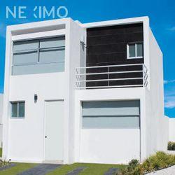 NEX-51942 - Casa en Venta, con 3 recamaras, con 3 baños, con 84 m2 de construcción en Residencial la Vista, CP 76904, Querétaro.