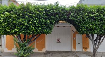 NEX-16392 - Casa en Venta en San Francisco, CP 29066, Chiapas, con 4 recamaras, con 3 baños, con 2 medio baños, con 244 m2 de construcción.
