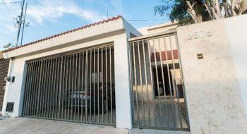 NEX-16661 - Casa en Renta en Montes de Ame, CP 97115, Yucatán, con 4 recamaras, con 5 baños, con 100 m2 de construcción.