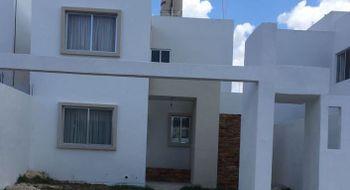 NEX-22914 - Casa en Renta en Gran San Pedro Cholul, CP 97305, Yucatán, con 2 recamaras, con 1 baño, con 1 medio baño, con 300 m2 de construcción.