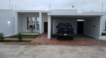 NEX-20184 - Casa en Venta en Residencial Campestre, CP 97782, Yucatán, con 4 recamaras, con 4 baños, con 1 medio baño, con 358 m2 de construcción.