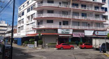 NEX-16863 - Local en Venta en 5 de Mayo, CP 39790, Guerrero, con 10 recamaras, con 10 baños, con 5 medio baños, con 2102 m2 de construcción.