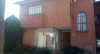 NEX-21896 - Casa en Renta en La Alhambra, CP 76074, Querétaro, con 4 recamaras, con 3 baños, con 1 medio baño, con 180 m2 de construcción.