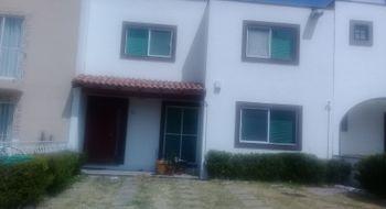 NEX-23054 - Casa en Renta en Monte Blanco II, CP 76087, Querétaro, con 3 recamaras, con 2 baños, con 1 medio baño, con 280 m2 de construcción.