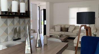 NEX-23105 - Casa en Renta en Residencial el Refugio, CP 76146, Querétaro, con 3 recamaras, con 2 baños, con 1 medio baño, con 135 m2 de construcción.