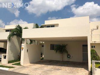 NEX-35301 - Casa en Venta en Chuburna de Hidalgo, CP 97208, Yucatán, con 3 recamaras, con 2 baños, con 1 medio baño, con 225 m2 de construcción.
