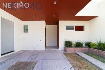 NEX-25664 - Casa en Venta, con 4 recamaras, con 2 baños, con 1 medio baño, con 138 m2 de construcción en Residencial el Refugio, CP 76146, Querétaro.