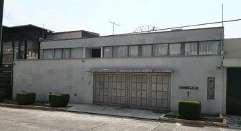 NEX-16725 - Casa en Renta en Lomas de Tecamachalco Sección Cumbres, CP 52780, México, con 3 recamaras, con 2 baños, con 1 medio baño, con 400 m2 de construcción.