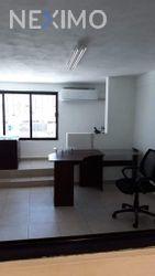 NEX-16984 - Bodega en Renta, con 2 recamaras, con 2 baños, con 240 m2 de construcción en Central de Abastos, CP 77567, Quintana Roo.