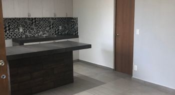NEX-18273 - Departamento en Venta en Cancún (Internacional de Cancún), CP 77569, Quintana Roo, con 2 recamaras, con 1 baño, con 1 medio baño, con 76 m2 de construcción.
