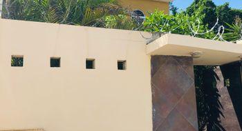 NEX-19660 - Casa en Venta en Cancún (Internacional de Cancún), CP 77569, Quintana Roo, con 3 recamaras, con 2 baños, con 1 medio baño, con 160 m2 de construcción.