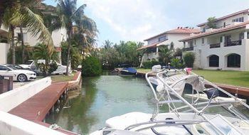 NEX-22394 - Departamento en Venta en Zona Hotelera, CP 77500, Quintana Roo, con 2 recamaras, con 2 baños, con 160 m2 de construcción.