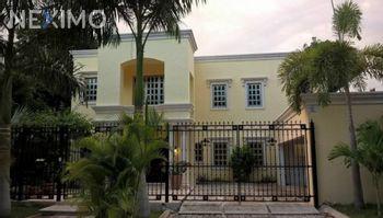 NEX-46009 - Casa en Venta, con 4 recamaras, con 5 baños, con 700 m2 de construcción en Universidad Anáhuac de Cancún, CP 77560, Quintana Roo.