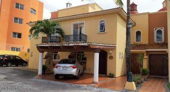 NEX-18498 - Casa en Venta en Cancún Centro, CP 77500, Quintana Roo, con 3 recamaras, con 3 baños, con 200 m2 de construcción.