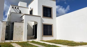 NEX-20459 - Casa en Renta en Gran Santa Fe, CP 77535, Quintana Roo, con 2 recamaras, con 1 baño, con 1 medio baño, con 107 m2 de construcción.