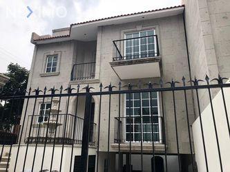 NEX-18339 - Casa en Venta, con 3 recamaras, con 4 baños, con 1 medio baño, con 412 m2 de construcción en Florida, CP 01030, Ciudad de México.