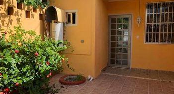 NEX-25413 - Casa en Venta en Villas Quintana Roo, CP 77536, Quintana Roo, con 2 recamaras, con 2 baños, con 300 m2 de construcción.