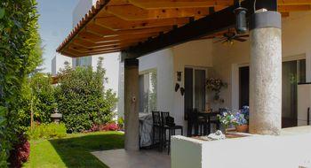 NEX-309 - Casa en Venta en El Campanario, CP 76146, Querétaro, con 3 recamaras, con 4 baños, con 1 medio baño, con 307 m2 de construcción.
