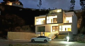 NEX-19397 - Casa en Venta en Bosque Real, CP 52774, México, con 3 recamaras, con 3 baños, con 410 m2 de construcción.