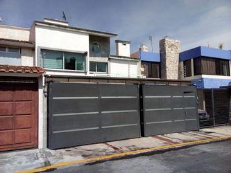 NEX-39750 - Casa en Venta en Las Campanas, CP 04929, Ciudad de México, con 3 recamaras, con 3 baños, con 1 medio baño, con 193 m2 de construcción.