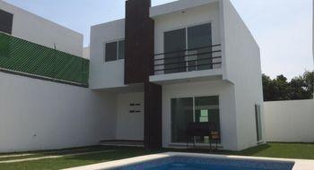 NEX-17926 - Casa en Venta en 3 de Mayo, CP 62763, Morelos, con 3 recamaras, con 3 baños, con 1 medio baño, con 250 m2 de construcción.